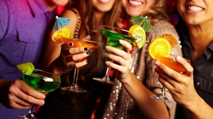 6057-alcol-consigli-per-bere-senza-rischi-824-464